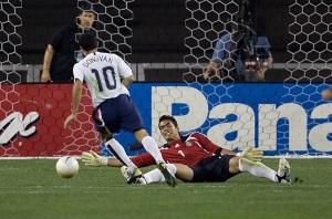 Juergen Klinsmann should welcome Donovan back to the U.S. national team. (100tuckman - photobucket)