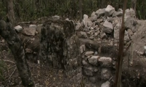 Ancient Mayan ruins (screenshot from http://www.bbc.co.uk/news/world-latin-america-23009855)